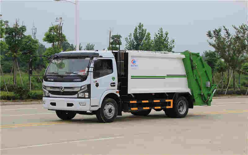 东风多利卡8方压缩式垃圾车(国六)